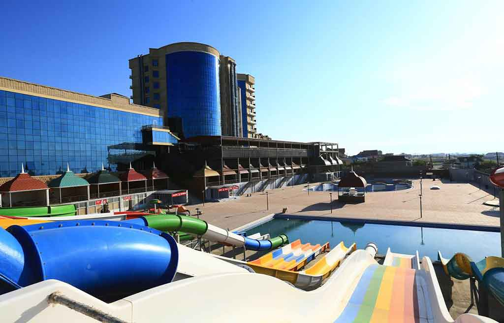 spring-hotel-water-park