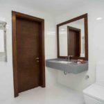 سرویس بهداشتی و حمام اتاق های هتل داوینچی باکو