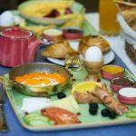 صبحانه سلف سرویس هتل داوینچی باکو