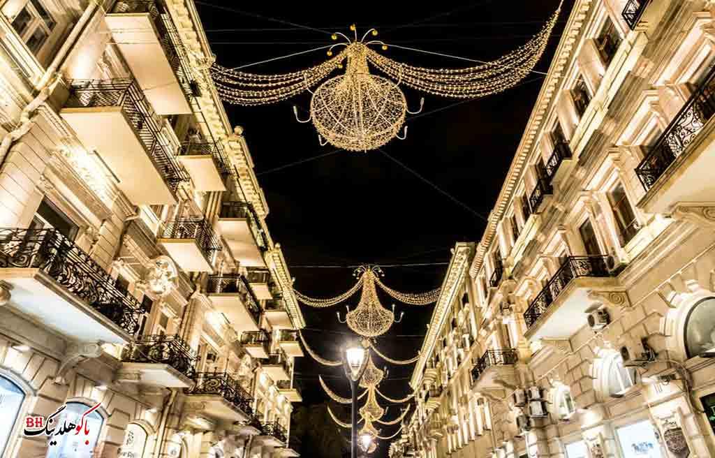 تصویری از خیابان نظامی باکو در شب