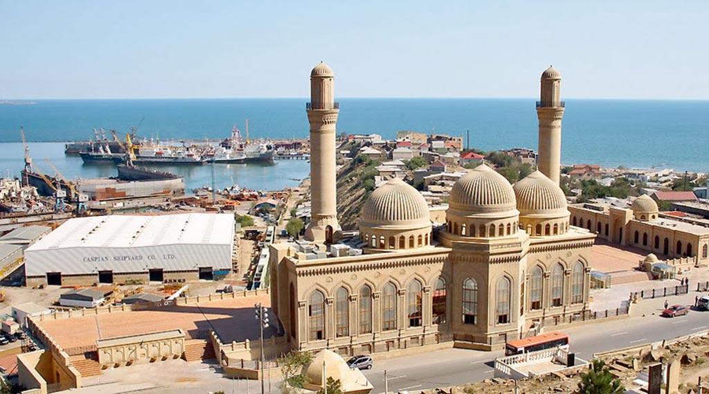 تصویری کلی از مسجد بیبی هیبت در آتشفشان های قوبوستان