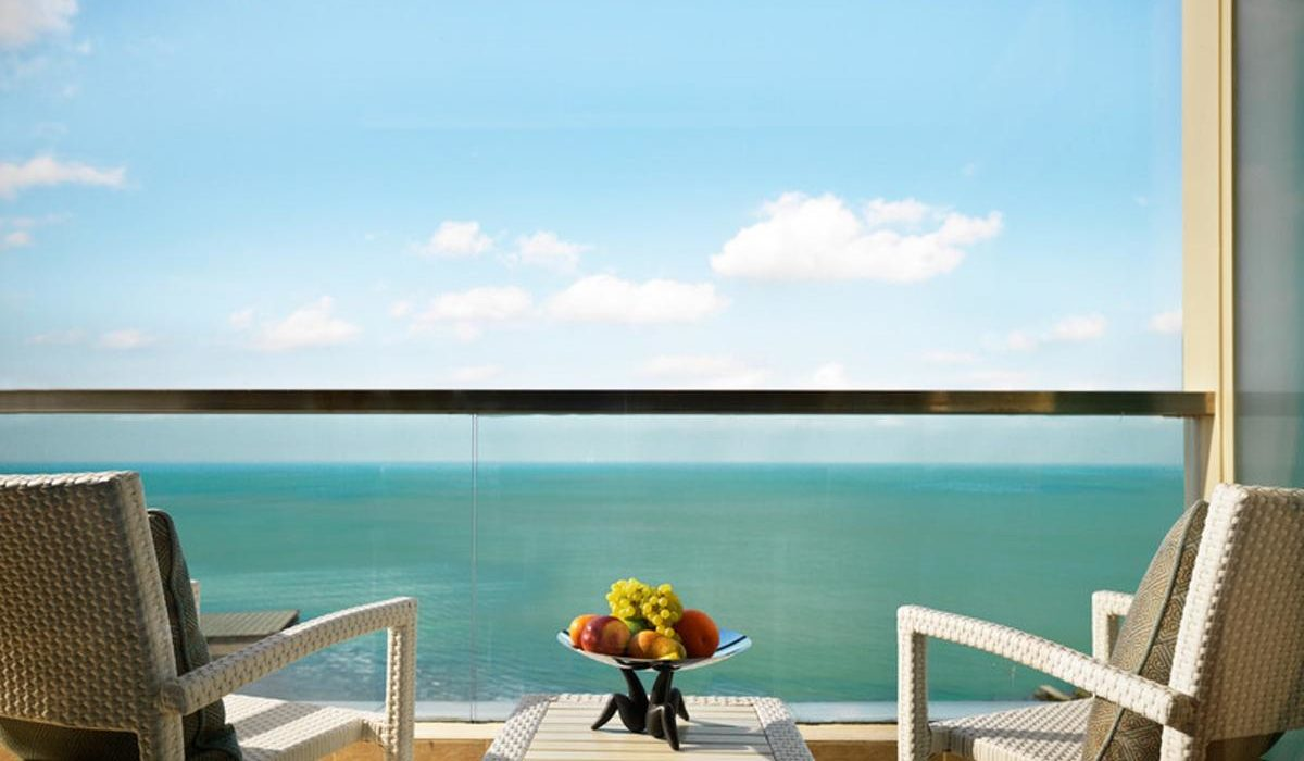 Bilgah Beach Hotel 1