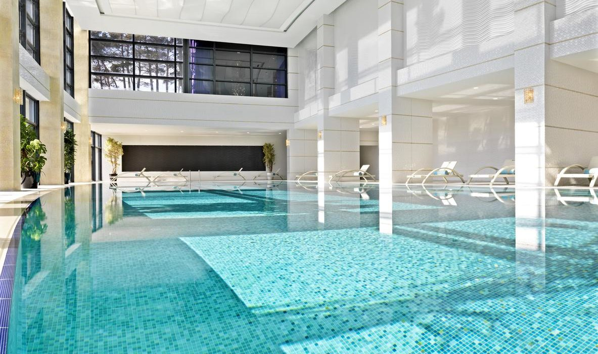 Bilgah Beach Hotel indoor pool