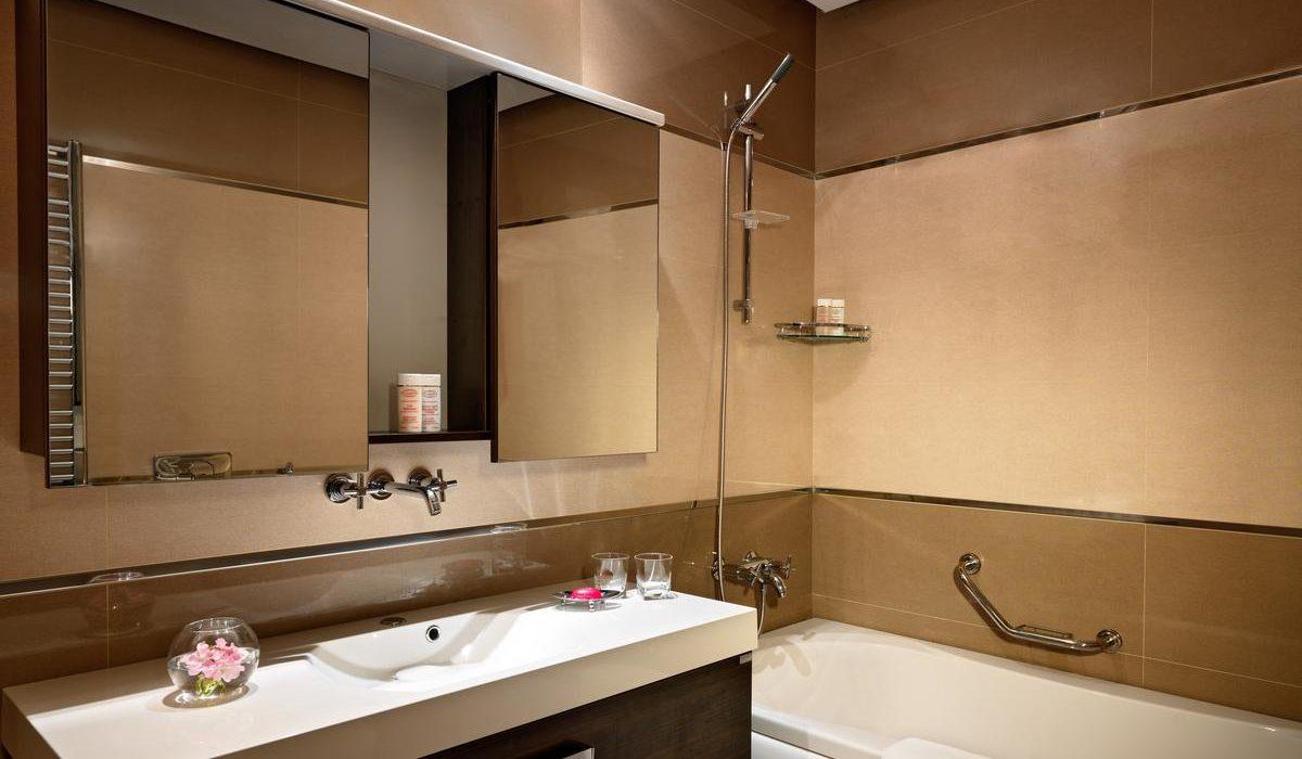 Bilgah Beach Hotel wc