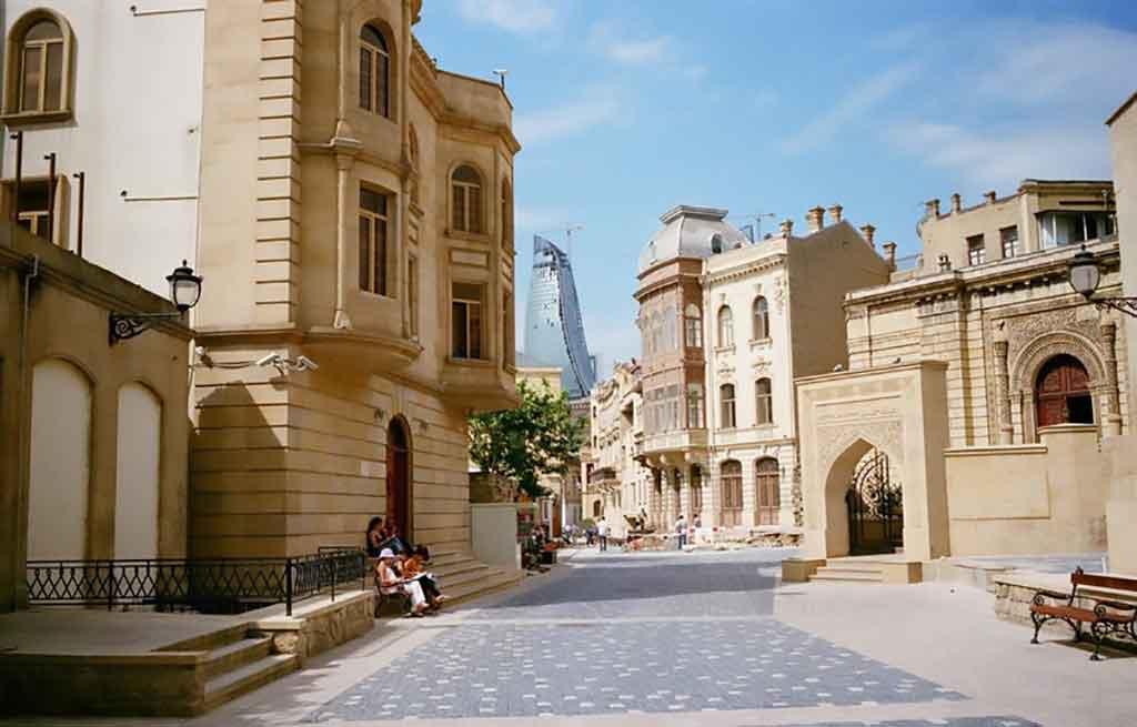 تصویری زیبا از ایچری شهر یا شهر قدیمی باکو