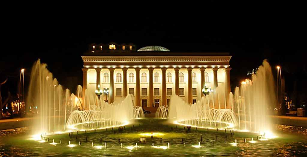 تصویری از موزه فرهنگی هنری آذربایجان