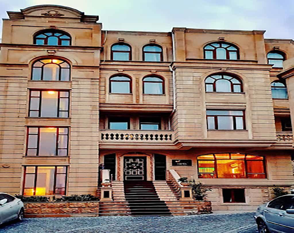 ساختمان هتل پگاس باکو