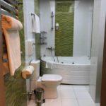 سرویس بهداشتی اتاق های هتل آیسبرگ باکو