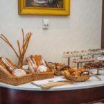 نان و صبحانه هتل اکسلسیور باکو