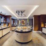 صبحانه سلف سرویس هتل هالیدی این باکو