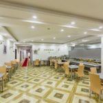 رستوران هتل رز اند کرون باکو