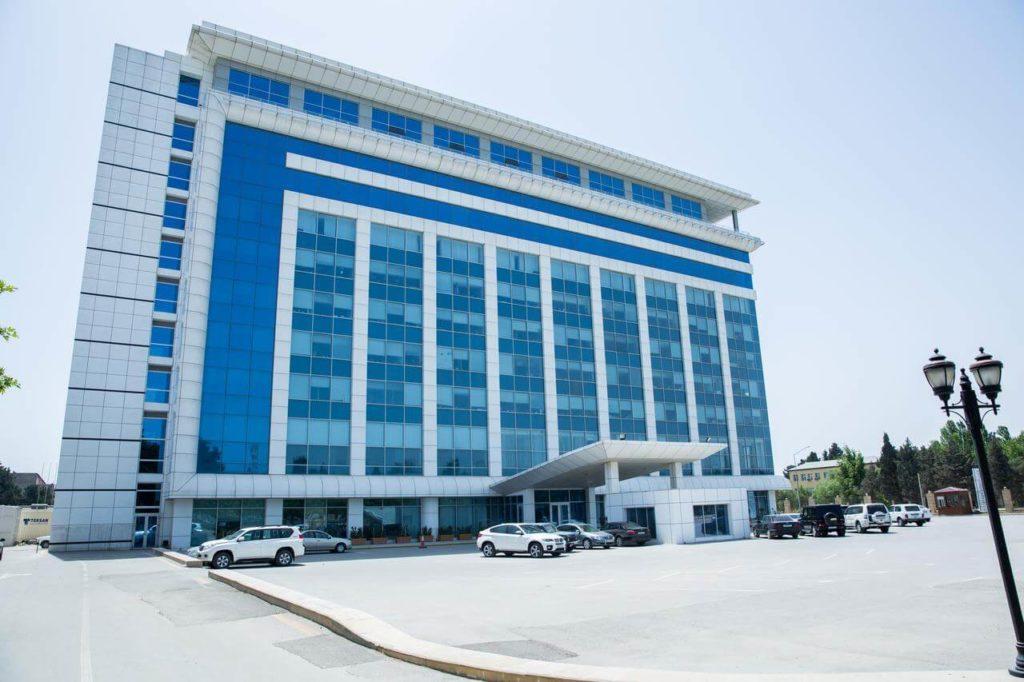 تصویری از ساختمان هتل کاسپین بیزینس باکو