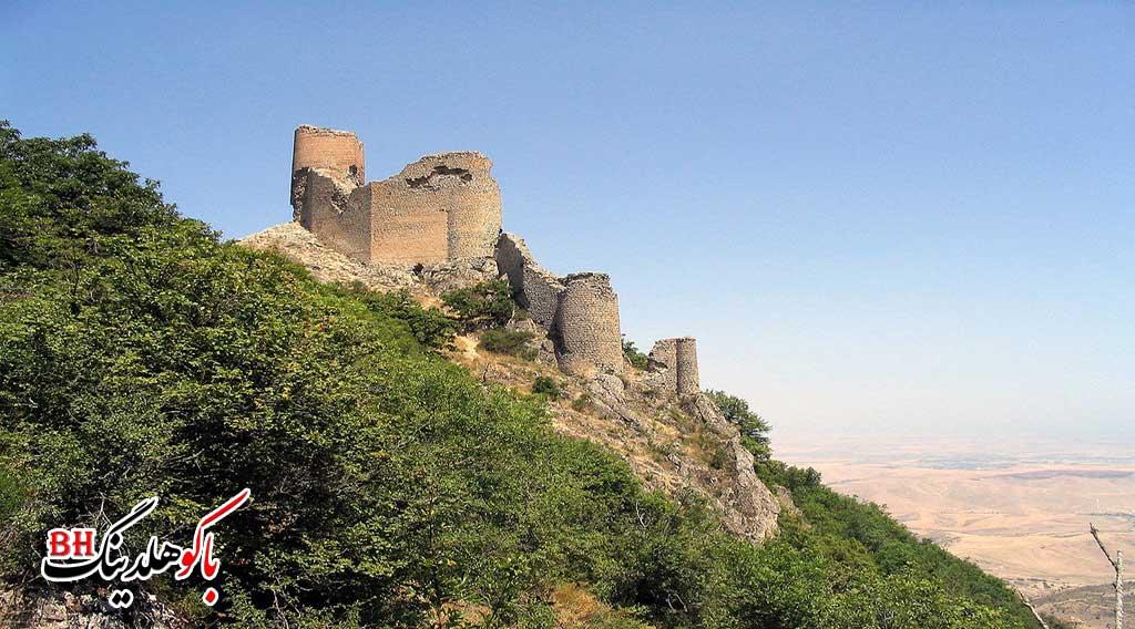 تصویری از چیراغ قلعه در شهر قوبا
