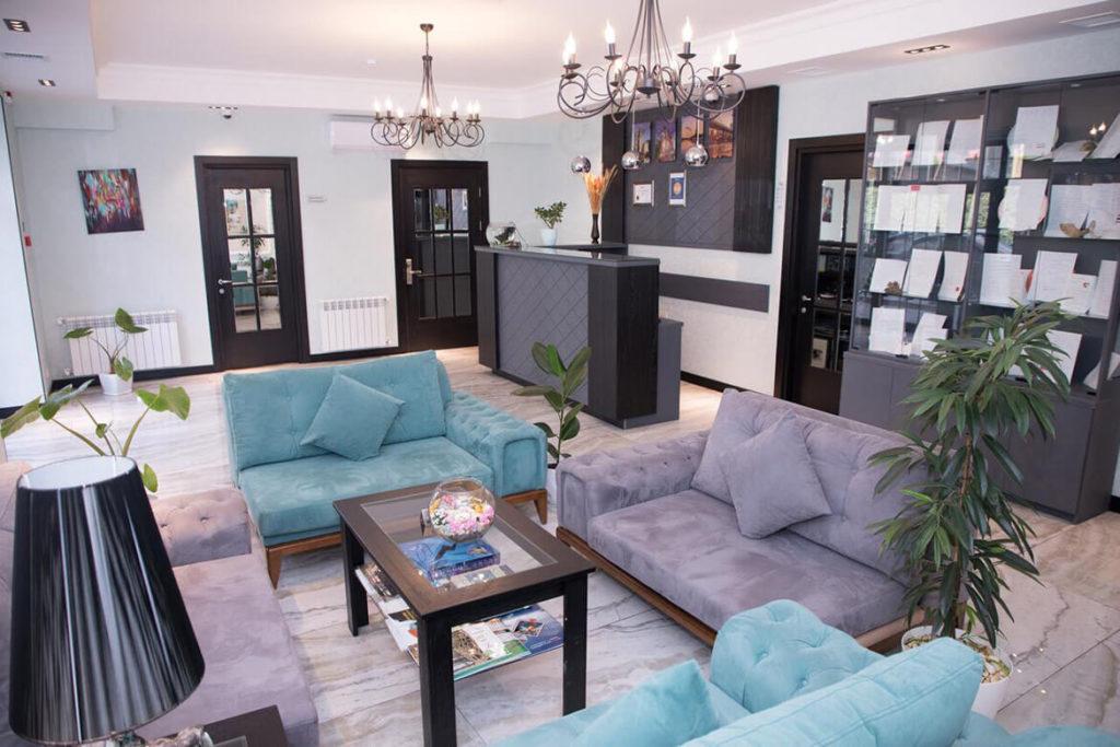 تصویری از لابی هتل آئوروم باکو