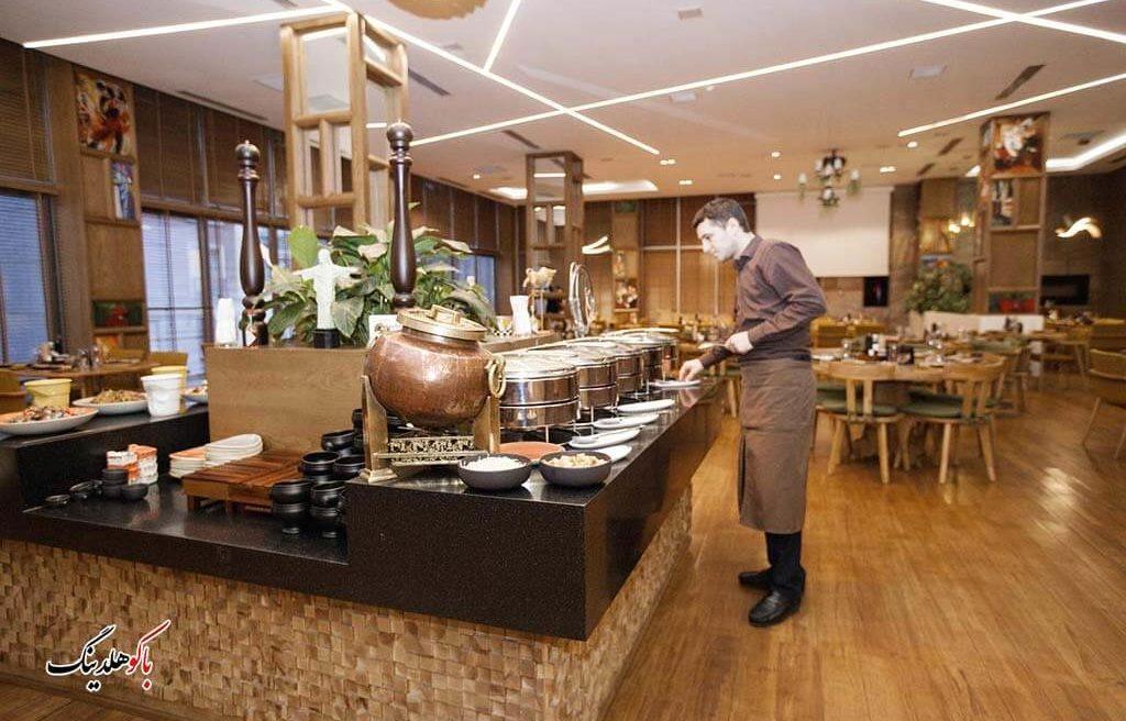 رستوران هتل آئوروم باکو