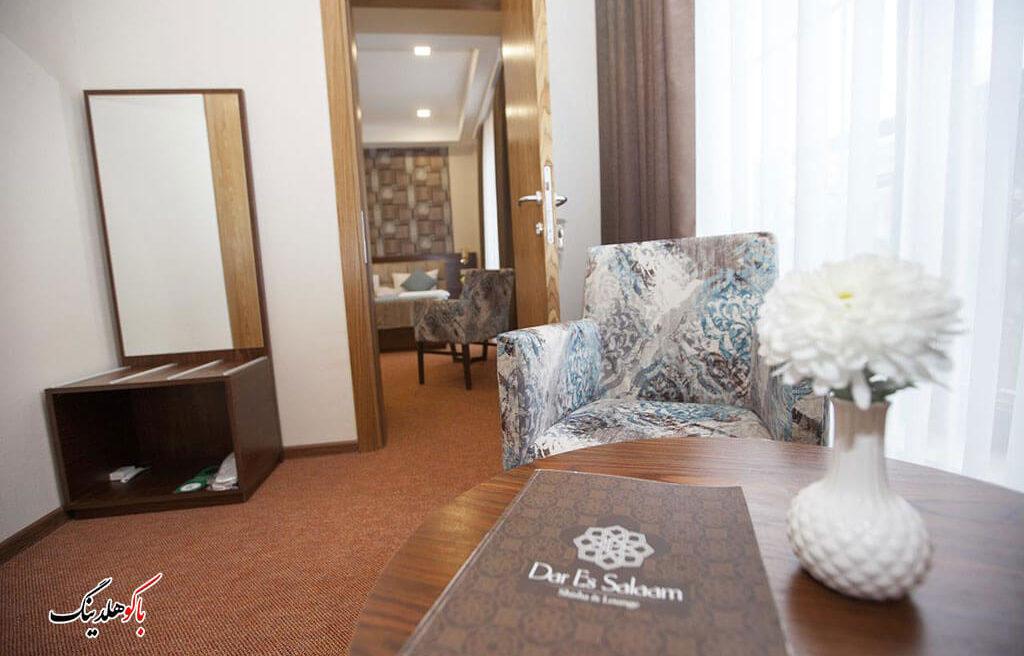 نشیمن اتاق های هتل آئوروم باکو