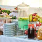 صبحانه در هتل میدوی باکو