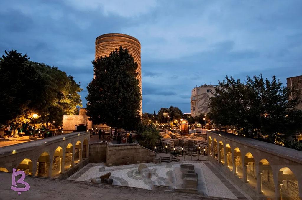 تصویری از کاروانسرای مولتانی در باکو در بین کاروانسراهای آذربایجان