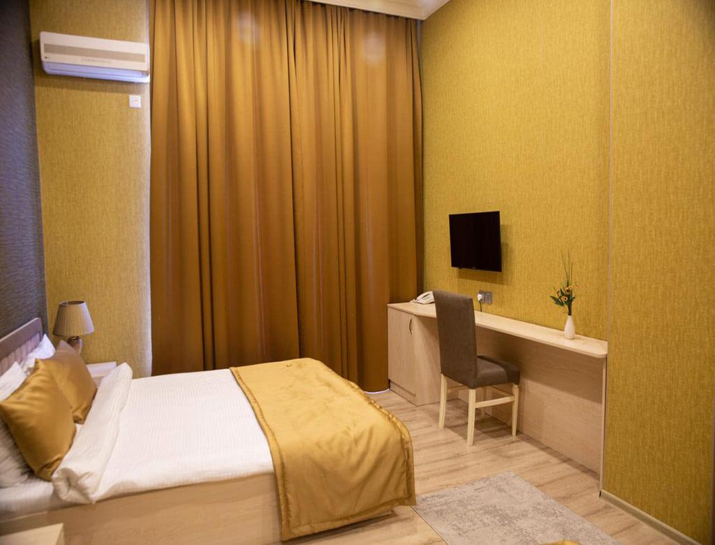 اتاق دابل هتل لایف هالیدی باکو
