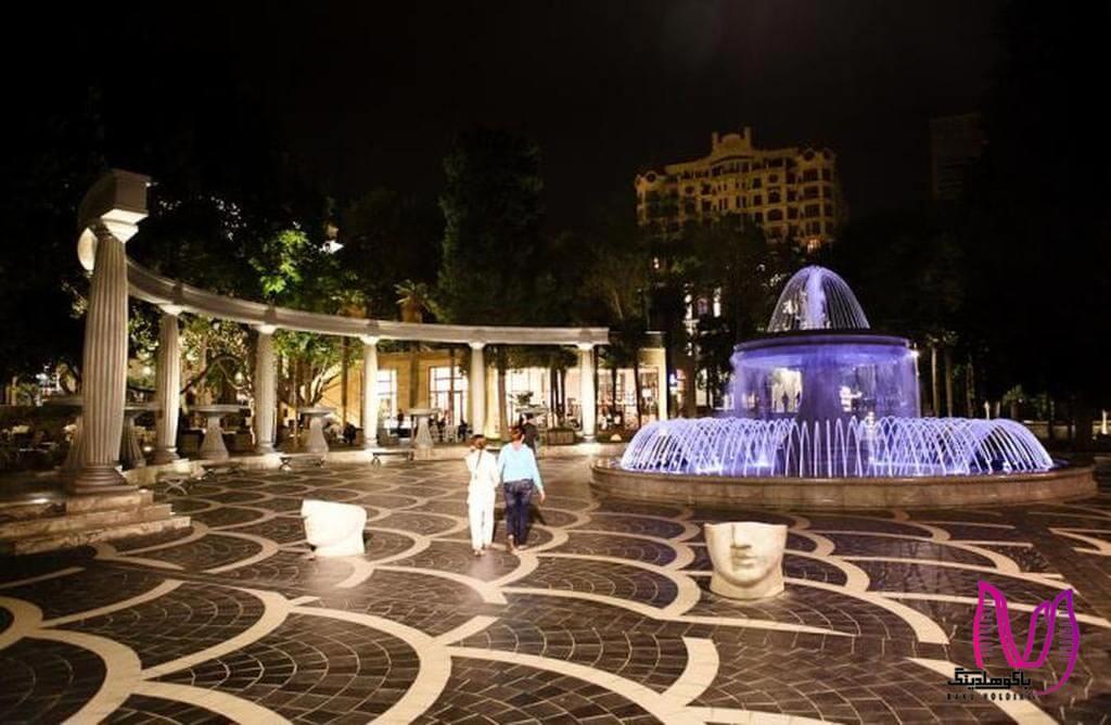 تصویری از میدان فواره ها به عنوان مرکز شهر باکو