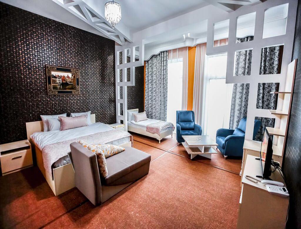 اتاق سه تخته هتل ناین باکو