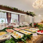 صبحانه در هتل رامادا بیچ باکو