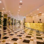 رسپشن هتل رامادا بیچ باکو