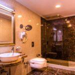 سرویس بهداشتی اتاق های هتل رامادا بیچ باکو