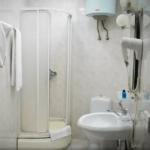 حمام اتاق های استاندارد هتل اولد سیتی این باکو