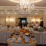 رستوران سلف سرویس هتل مدرن باکو