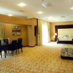 اتاق سه تخته هتل مدرن باکو