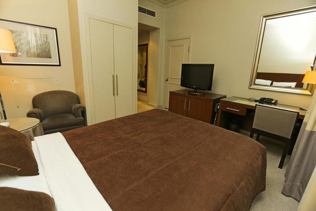 اتاق دبل هتل رویال گاردن باکو