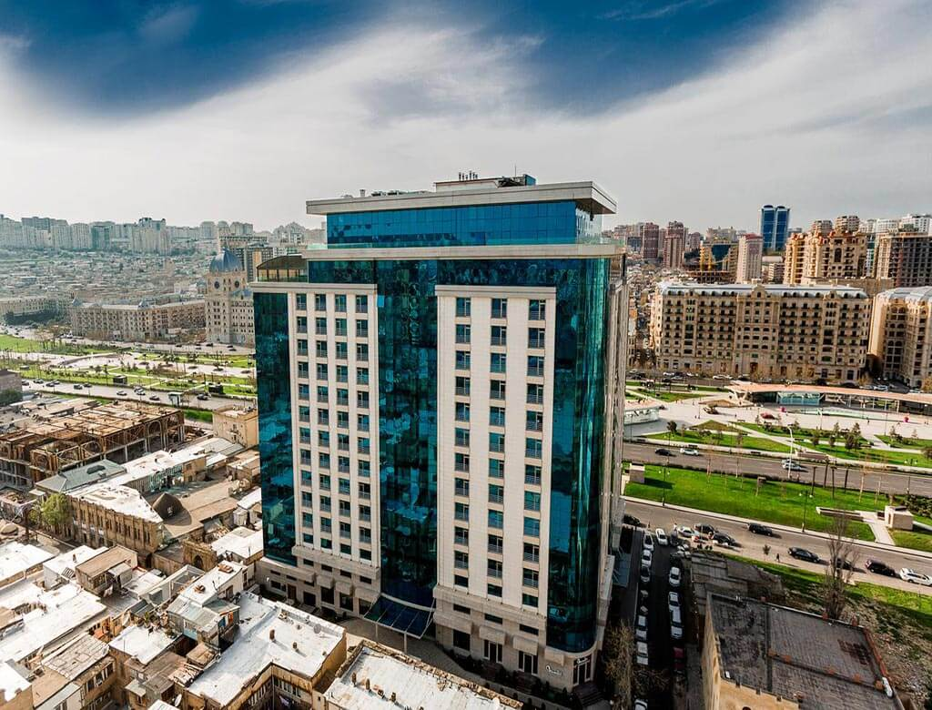 ساختمان هتل وینترپارک باکو