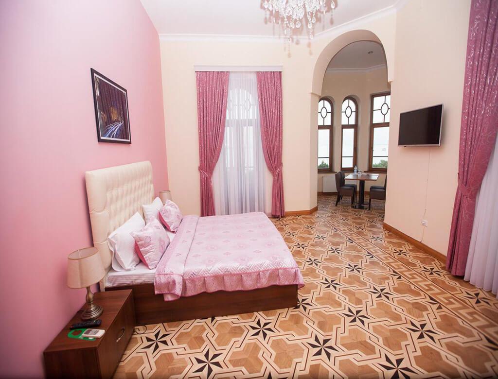 اتاق دابل هتل هیستوری بوتیک باکو