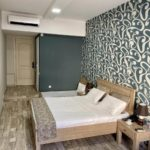 اتاق دابل با تخت اضافه هتل نظامی استریت باکو