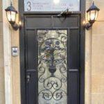 درب ورودی هتل نظامی استریت باکو