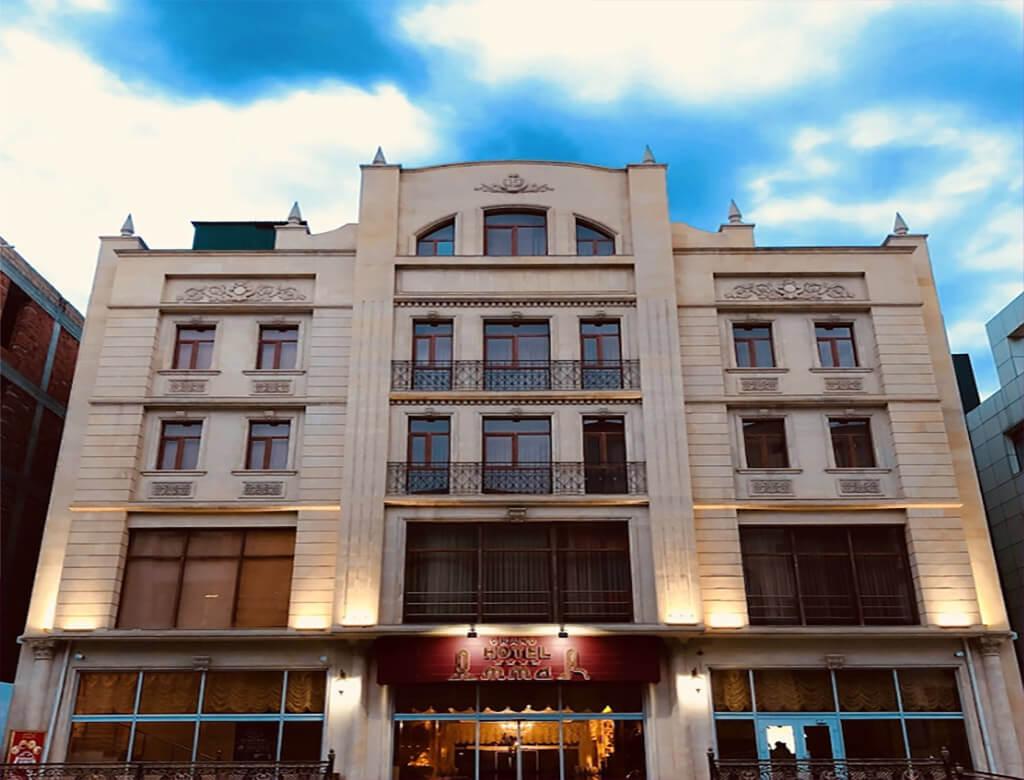 ساختمان هتل آمار گرند باکو