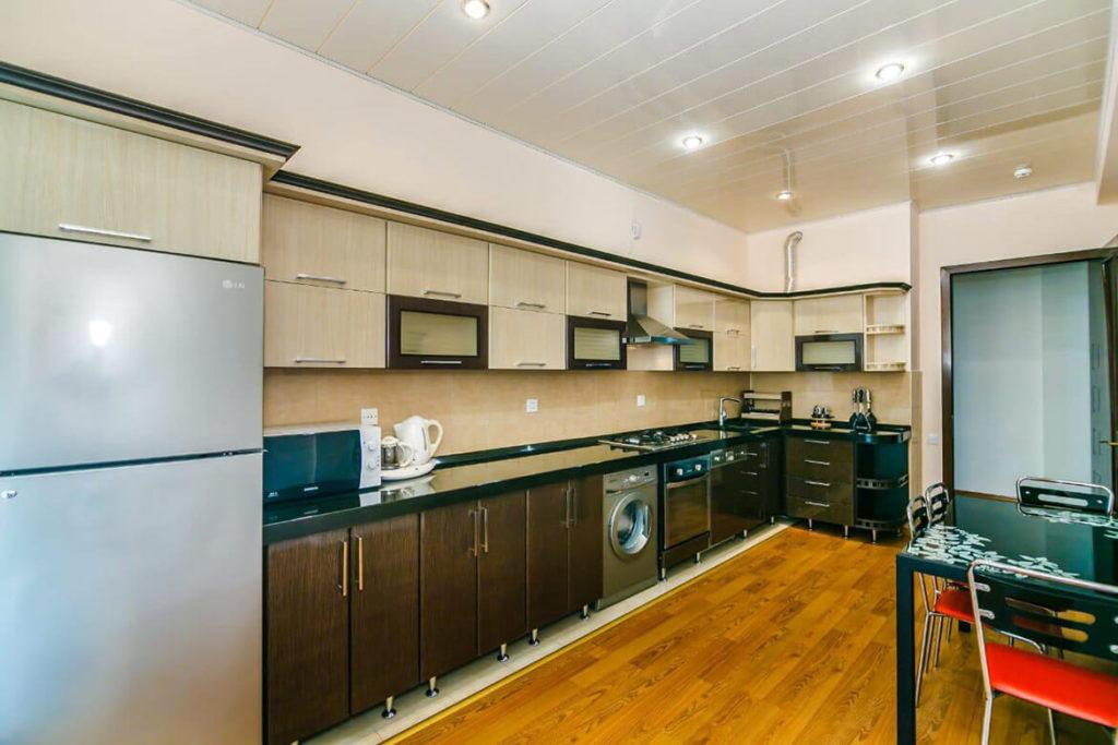 آشپزخانه آپارتمان شماره 5