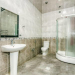 سرویس بهداشتی و حمام آپارتمان شماره 8