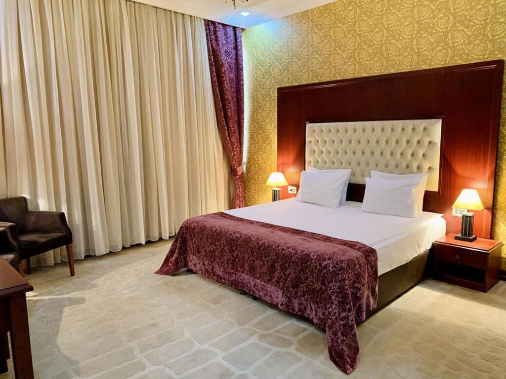 اتاق دابل هتل کلاور باکو