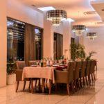 رستوران داخلی هتل ریویرا باکو
