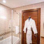سرویس بهداشتی اتاق های هتل شرایتون باکو