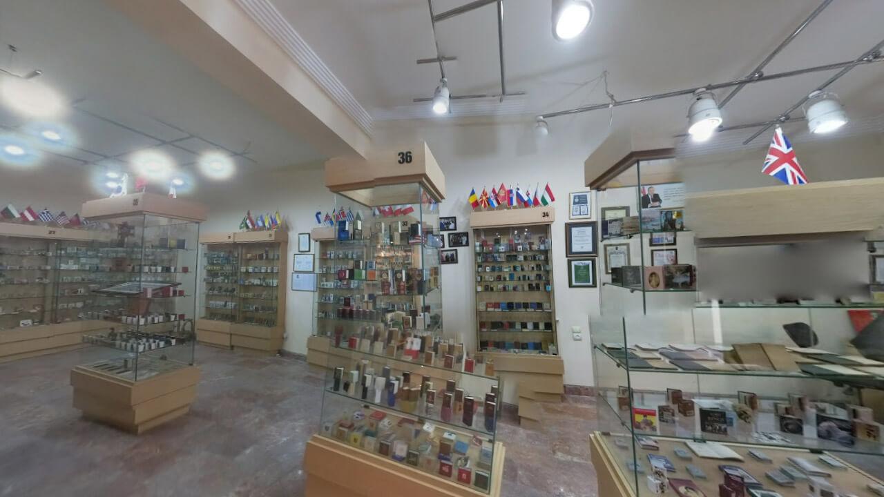 تصویری از داخل موزه مینیاتوری باکو