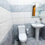 سرویس بهداشتی اتاق های هتل نیو کستل بوتیک باکو