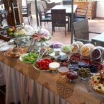 محوطه صبحانه هتل پریمیر اولد گیتس باکو