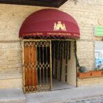 درب ورودی هتل توئین کستل بوتیک باکو