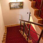 پله های هتل توئین کستل بوتیک باکو