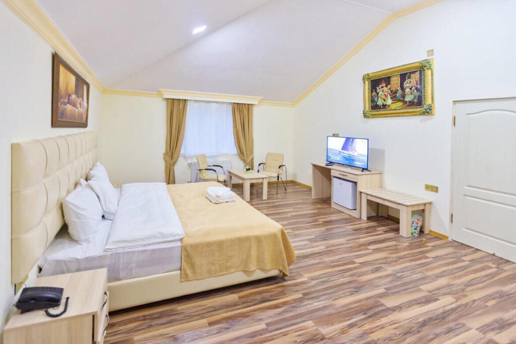 اتاق دابل هتل ویند آف باکو