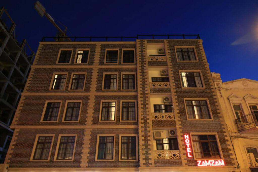 ساختمان هتل زمزم باکو