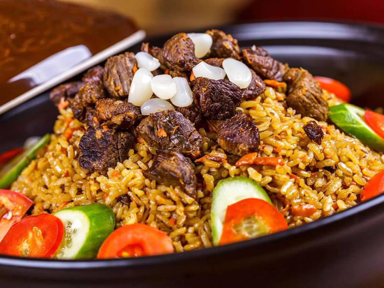 تصویری از پلو در غذا در باکو